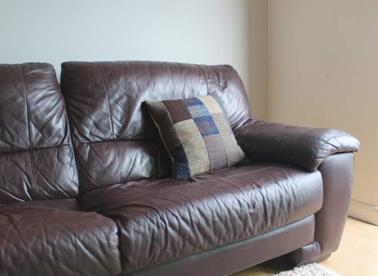DIY Harris tweed cushion patchwork