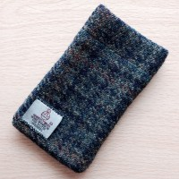 DIY Tweed iPhone sock