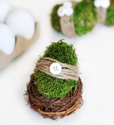DIY moss covered Easter egg