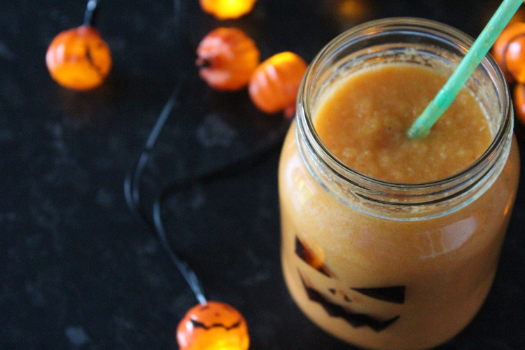 Pumpkin spice smoothie recipe - halloween crafts for adults