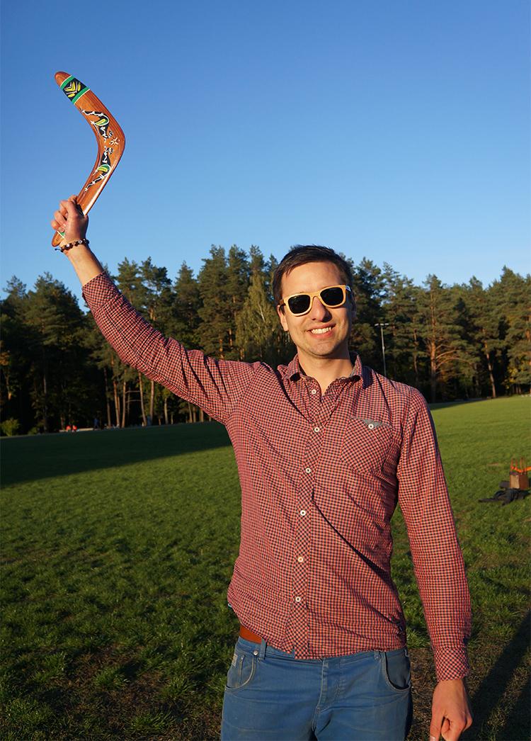 Man crafts: handmade boomerangs