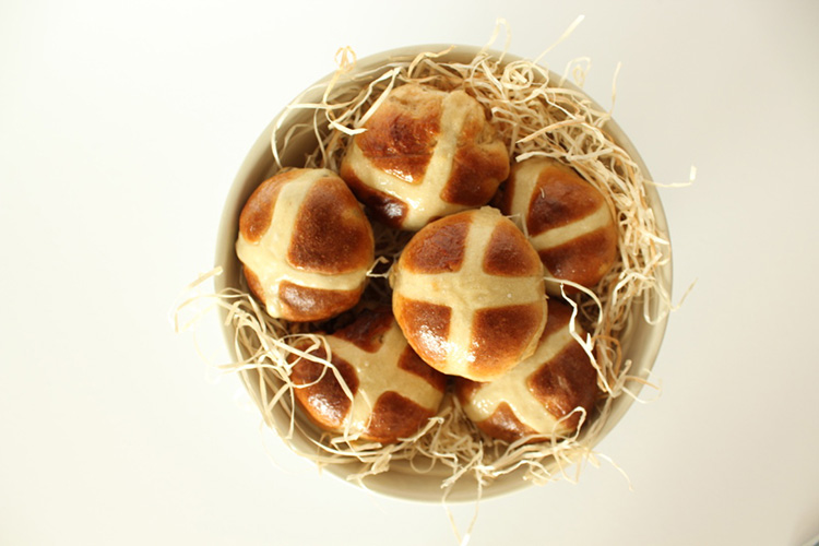 Hot cross buns recipe with a twist: chocolate cinnamon swirl, fudge and raisins