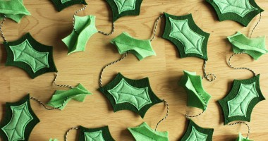 DIY felt holly leaf garland