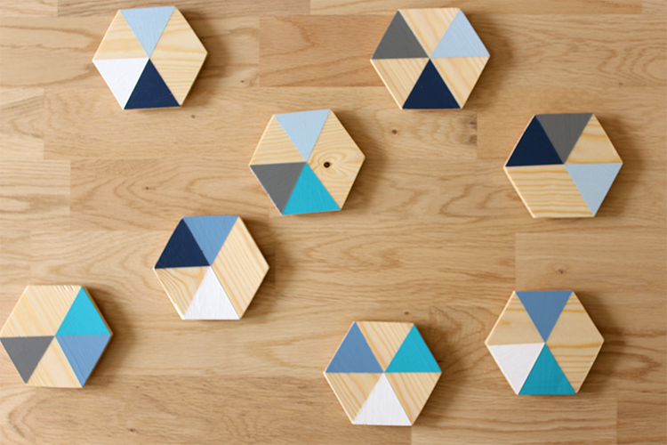 DIY wooden coasters with geometric colour block - click for more