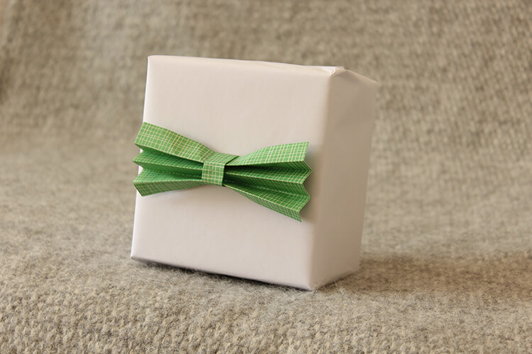DIY gift toppers for men | The Crafty Gentleman