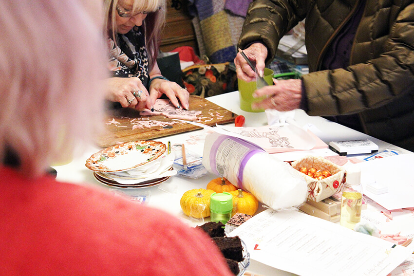 Lino printing workshop at Wiseheart Studio with the Crafty Gentleman