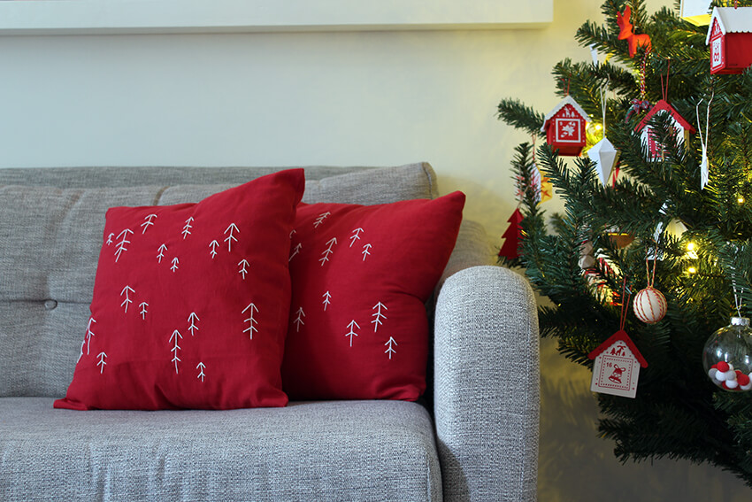Embroidered Christmas cushion DIY craft project