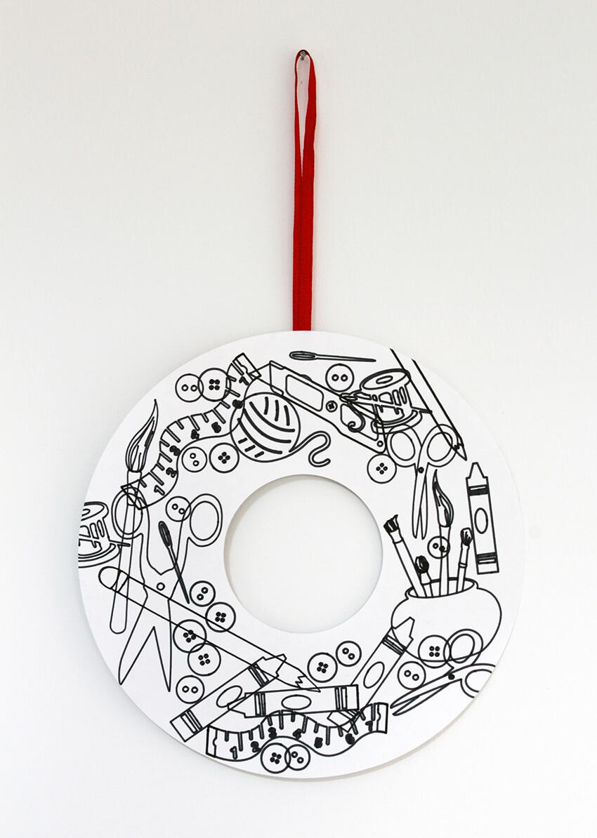 Minimal Christmas wreath doodle - free download - Cricut Explore Air