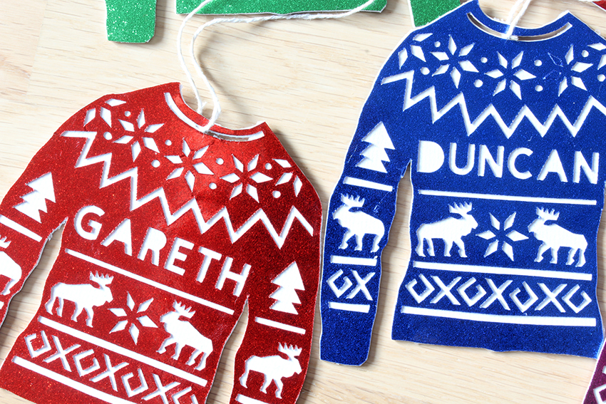 Personalised christmas jumper decorations with Cricut Explore Air DIY