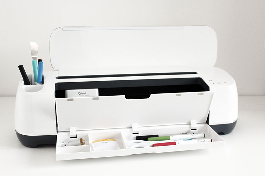 My new Cricut Maker: unboxing and first impressions.