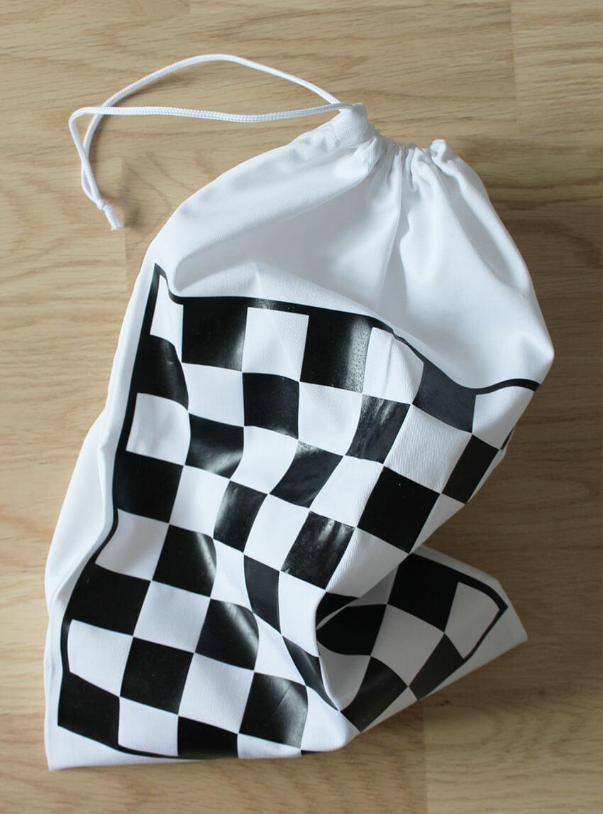 Bauhaus Inspired Diy Travel Chess Set Cricut Maker Diy