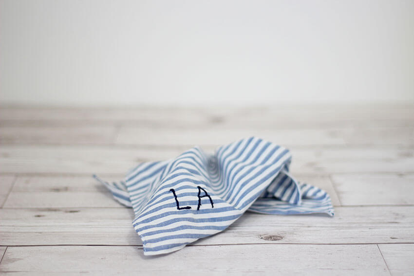 How to make a DIY embroidered handkerchief or personalised pocket square - Click through for the full tutorial