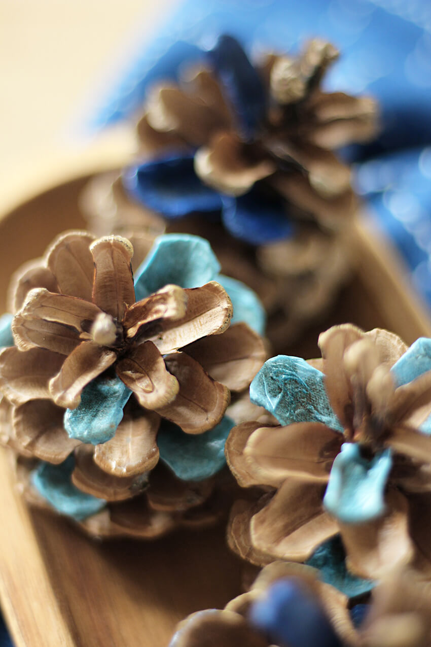 DIY Decoupage Blue Colour-Block Pine Cones - Autumn crafts and decor - DIY and craft blog