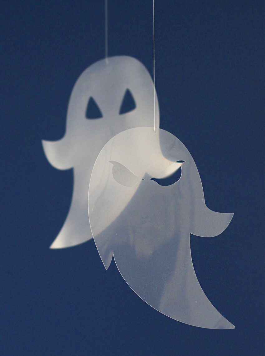DIY See Through Ghost decorations for Halloween - Easy Halloween crafts - Cricut crafts - Click for more