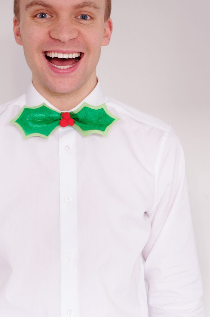 Make a DIY Holly Leaf Bow Tie Tutorial - Handmade Christmas Crafts for Men