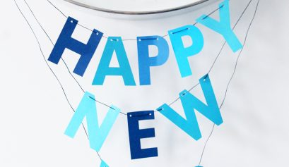 Happy-New-Year-Cricut-garland-blue